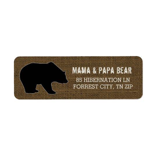 Silueta rústica del oso negro del país de la etiqueta de remite