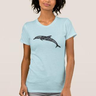 Silueta y tipografía del delfín camiseta
