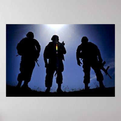 OP CASTILLO DE NAIPES 19 MAYO 8€ `PARTIDA CQB GEDAT TALAVERA Siluetas_militares_del_soldado_del_ejercito_poster-r15fb148fbffe4b25945801f752548c95_poe_400