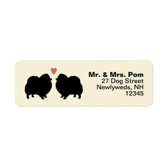 Siluetas negras del perro de Pomeranian con el Etiquetas De Remite