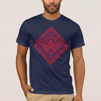 Símbolo amazónico de la Mujer Maravilla Camiseta