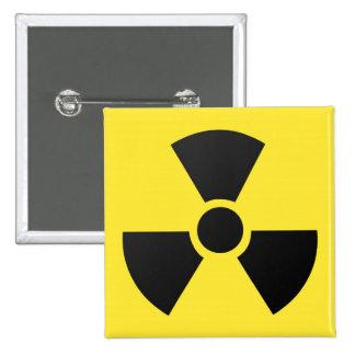 Símbolo atómico nuclear de la radiación radiactiva chapa cuadrada