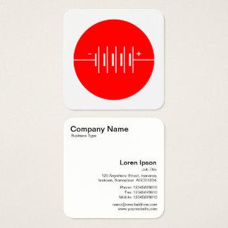 Símbolo circundado de las baterías - rojo y blanco tarjeta de visita cuadrada