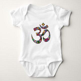 Símbolo de la yoga de OM Aum Namaste Body Para Bebé
