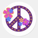 Símbolo de paz de las flores etiquetas redondas