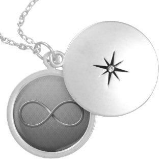 Símbolo del infinito en fondo del damasco pendiente personalizado