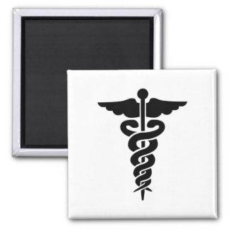 Símbolo médico imán cuadrado