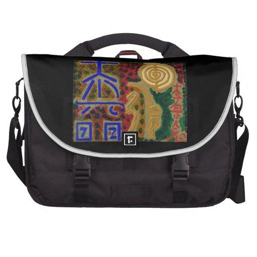Símbolos principales cósmicos del arte curativo de bolsas para portatil