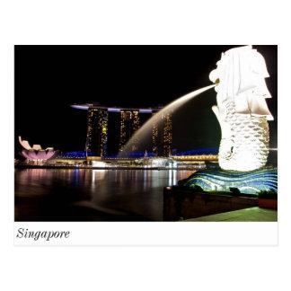 Singapur Merlion en la bahía del puerto deportivo Postal