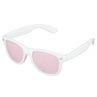 Sistema ligero del banquete de boda del rosa en gafas de fiesta retro