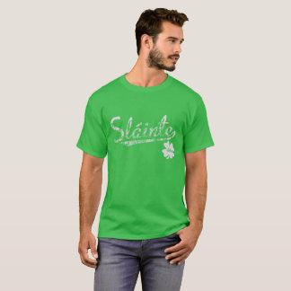Slainte el regalo apenado día de St Patrick del Camiseta