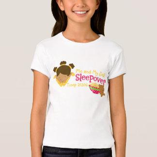Sleepover de la niña camiseta