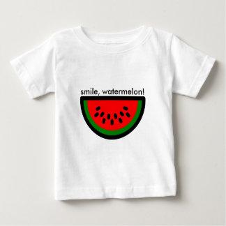 smile watermelon! Sonríe como una raja de sandía. Camiseta