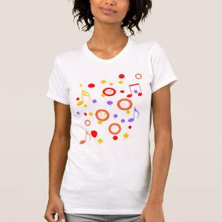 Smiley y notas coloridos de la música camisetas