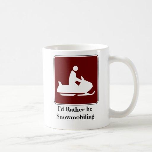 Snowmobiling bastante la taza de café