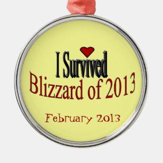 Sobreviví la ventisca del ornamento 2013 adorno navideño redondo de metal