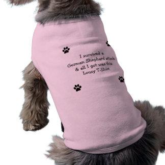 Sobreviví un ataque alemán de Shephard… Camiseta Sin Mangas Para Perro