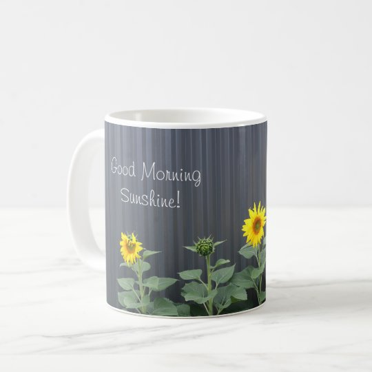 Sol de la buena mañana taza de café