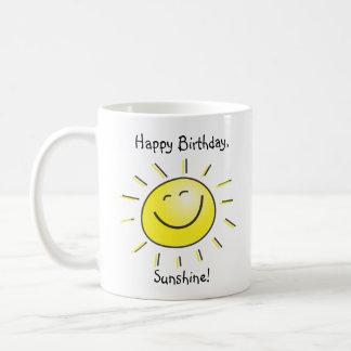 Sol del feliz cumpleaños taza