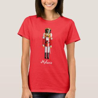 Soldado de juguete lindo del cascanueces de camiseta