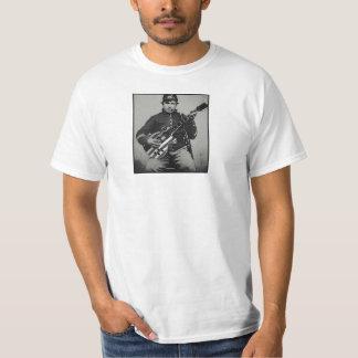 Soldado de la unión con la camiseta moderna del