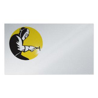 soldadura del soldador en la tarjeta de visita del