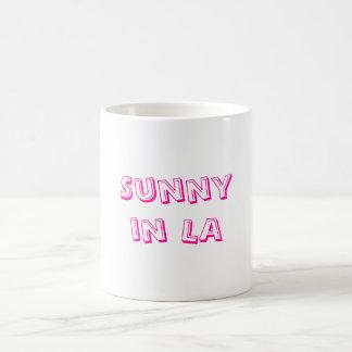Soleado en taza del LA