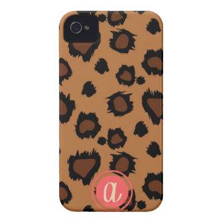 Solo caso inicial del monograma del leopardo oscur Case-Mate iPhone 4 protector