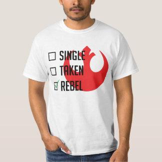 Solo - tomado - rebelde camiseta