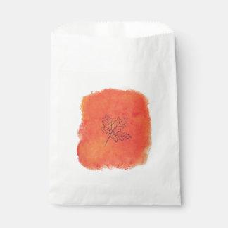 Solos bolsos del favor de la hoja de arce bolsa de papel