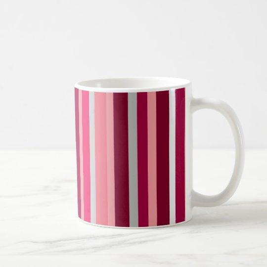 Sombras de la taza rosada y gris de las rayas