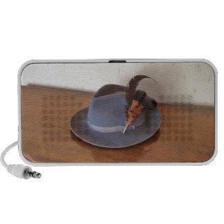 Sombrero flexible italiano del vintage con las plu laptop altavoces