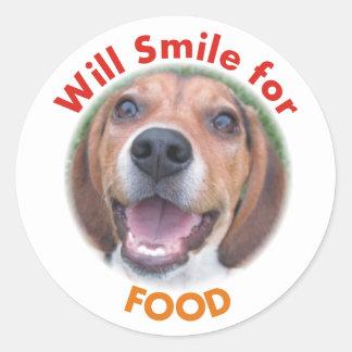 Sonreirá para los pegatinas del perro de caza del pegatina redonda