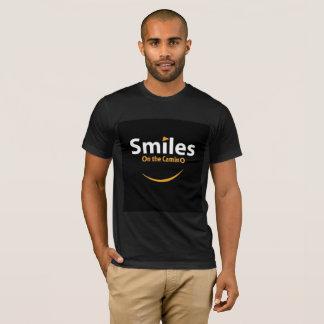 Sonrisas en la camiseta de Camino