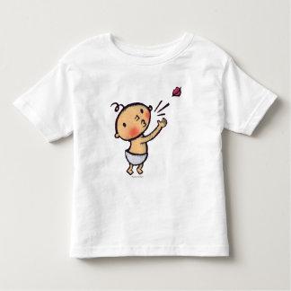 Soplo de Leslie Patricelli un bebé del beso Camiseta De Bebé