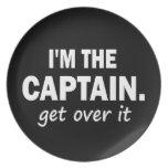Soy el capitán. Consiga sobre él - divertido Platos Para Fiestas