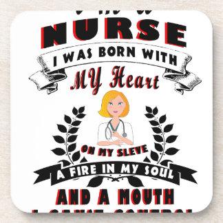 Soy enfermera que nací con un corazón posavasos