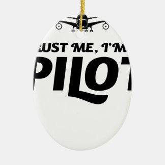 Soy piloto adorno navideño ovalado de cerámica