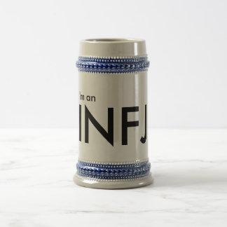 Soy un INFJ - tipo de personalidad Jarra De Cerveza