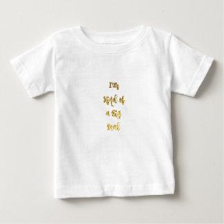 Soy un poco una gran cosa en brillo del oro camiseta de bebé