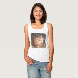 Soy una camiseta básica del tanque de las mujeres