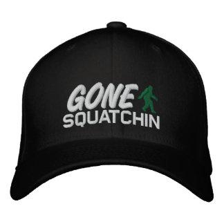 Squatchin ido - blanco y verde negros gorra bordada