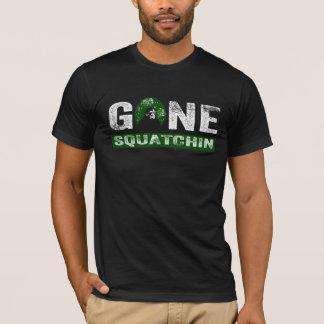 Squatchin ido (para el negro) camiseta