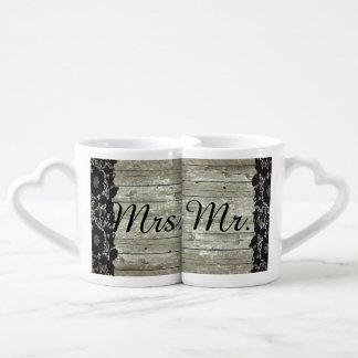 Sr. y señora de madera del boda del país del set de tazas de café