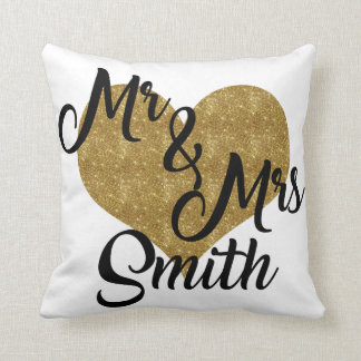 Sr. y señora Smith Heart Pillow Cojín Decorativo