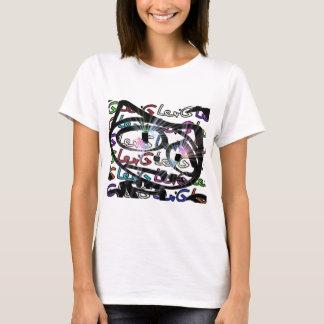 Stitchlip en el modelo de Levi G. Tag White en Camiseta