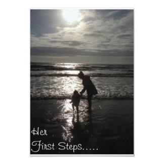 Su invitación del bautizo de los primeros pasos