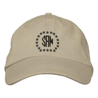 Su monograma hasta 3 letras protagoniza el bordado gorra bordada