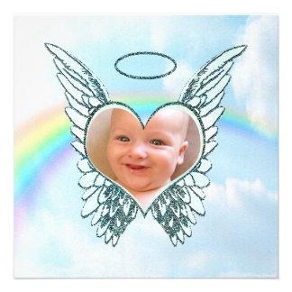 Substituya las alas y el corazón del ángel de la f invitaciones personales
