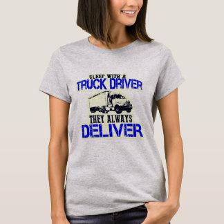 Sueño con un conductor de camión que entregan camiseta